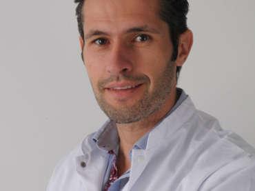 Dr. Doornaert